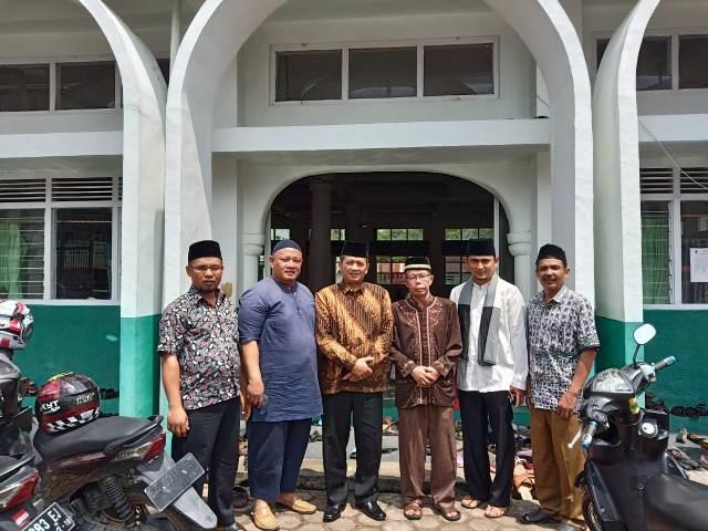 Pengurus RTBS, Wali NAgari TAbek, Camat Pariangan, Anggota DPRD, dan Sekda Tanah DAtar